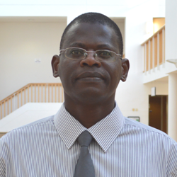 Image of Dr Kenneth Awinda